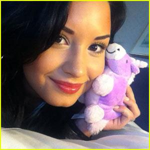 Songs Demi Lovato on Demi Lovato Leaves Tv  Focuses On Music   Shy Magazine
