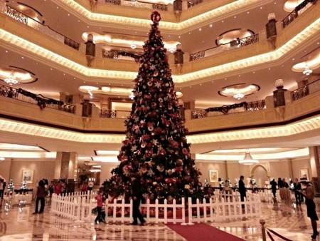 Christmas_trees_Emirates_palace_1