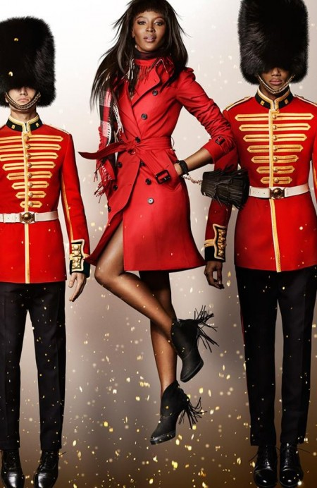 Burberry_Festive_Campaign_Naomi_Campbell-800x1230