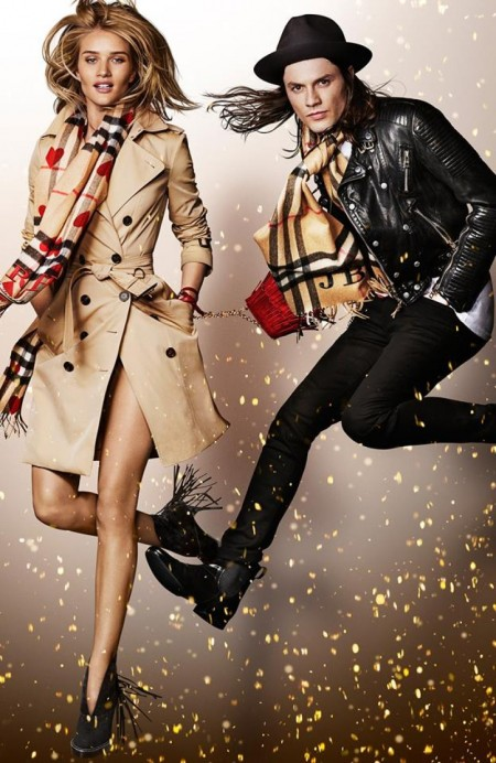 Burberry_Festive_Campaign_Rosie_Huntington-Whiteley-800x1230
